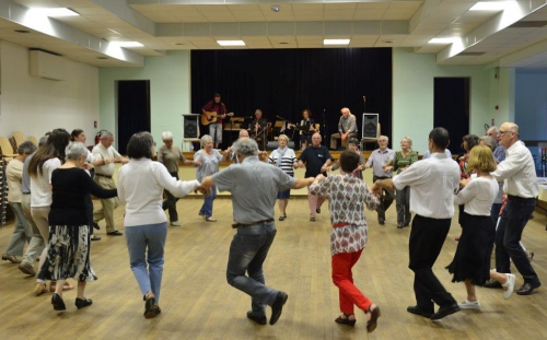 14-juin-2013-soirée-danse-bretonne-032.jpg