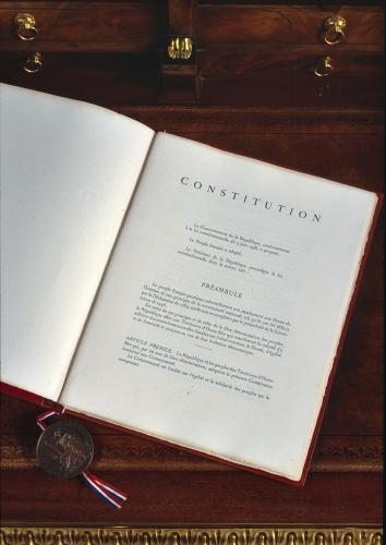 révision constitutionnelle,attentats,déchéance de nationalité,majorité sénatoriale